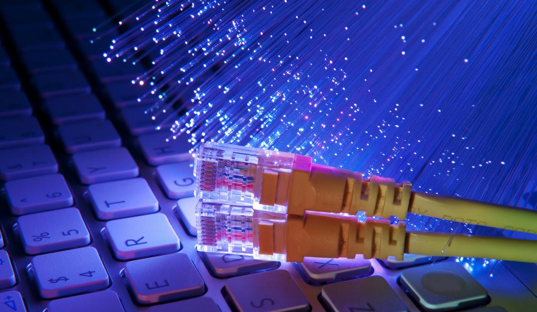 Cabo de fibra óptica bate recorde de velocidade em transferência de dados