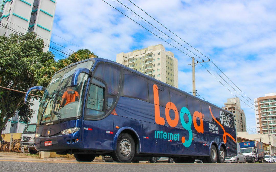 Ônibus da Loga é atingido na Orla de Itaparica